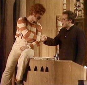 Aggiungi un posto a tavola spettacolo musical a teatro - Aggiungi un posto a tavola clementina ...