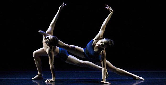 Disegno Di Una Ballerina : Unghie a ballerina la moda manicure parte dal taglio